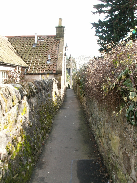 Loudens Close, St Andrews