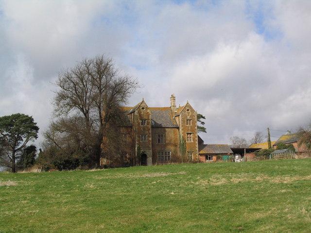 Hall Farm, Brentingby