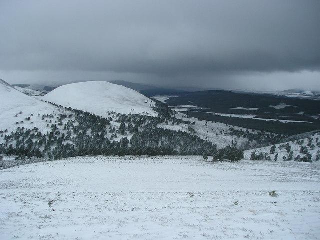 Glen Feshie in the snow - Creag Ghiuthsachan