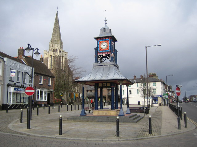 Dunstable: The Clock Tower & Market Cross