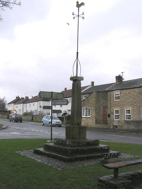 Cross :  Newsham Village.