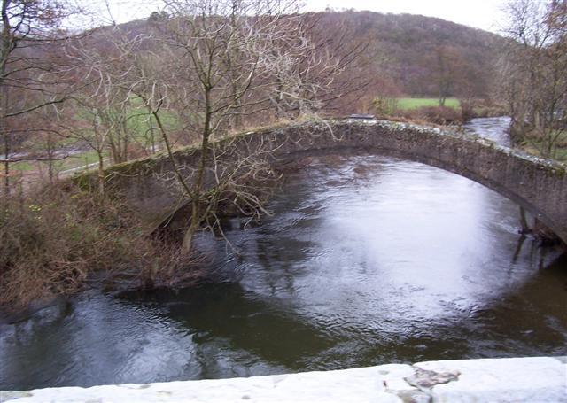 The old bridge from the new bridge.