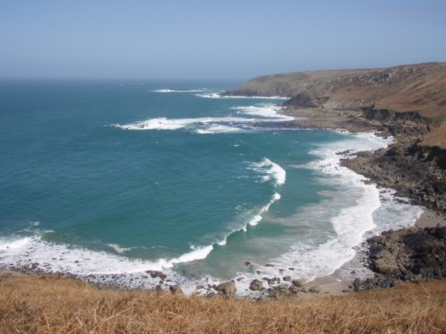 Porthzennor Cove to Mussel Point