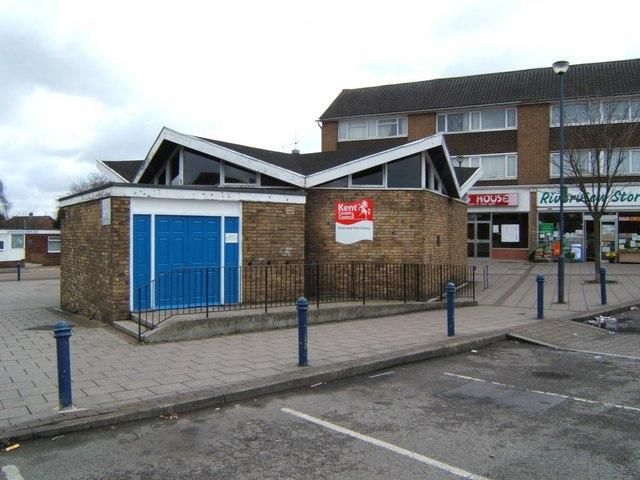 Riverview Park Library