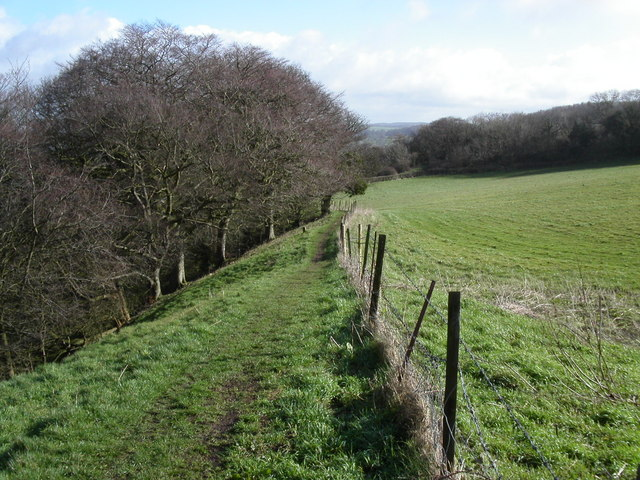 Cotswold Way path at Ring Hill