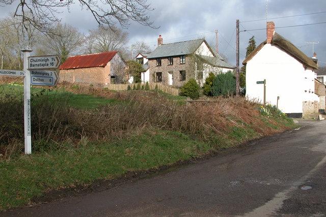 Cottages near Kersham Bridge