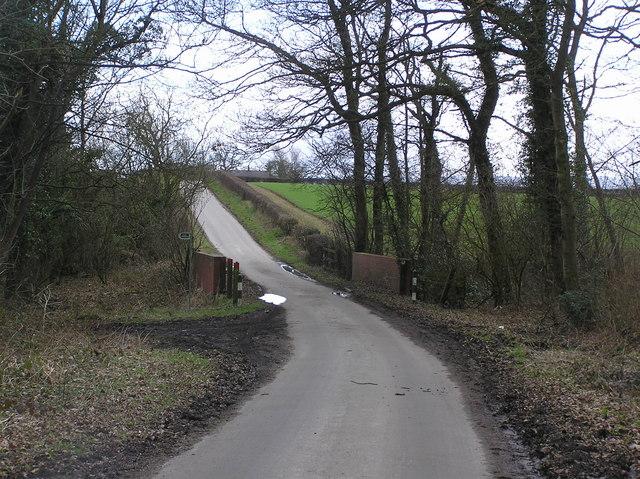 Ling Bridge : Houghton  Lane