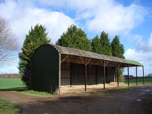 Barn near Five Lanes End