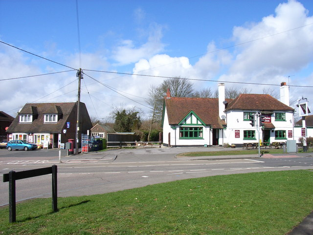 Post office and the White Lion, Cryer's Hill