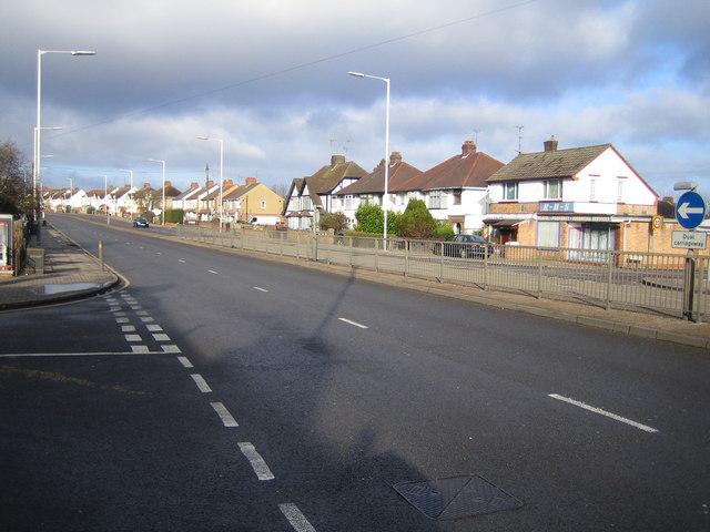 Luton: A505 Dunstable Road