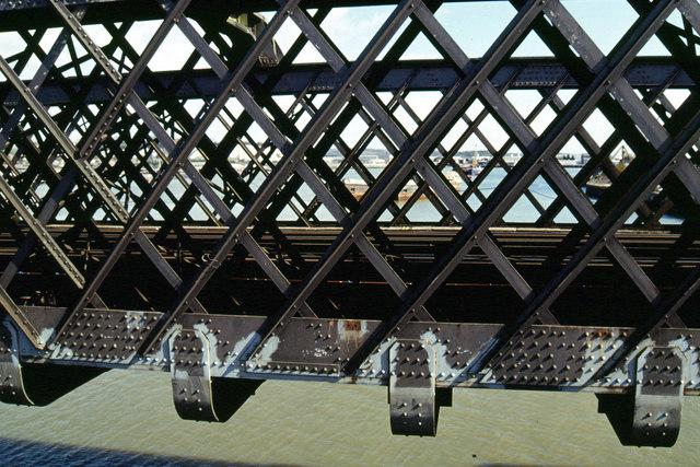 Rochester railway bridge