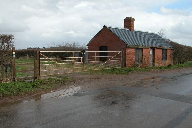 Building on Ridgeway Road near Sutton Marsh