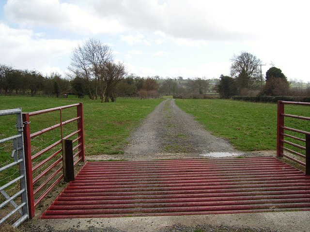 Farm track, Far Heath,Kimbolton
