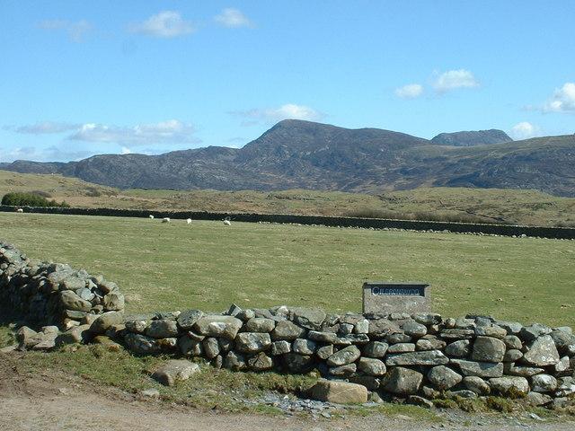 Farmland near Cilbronrhydd