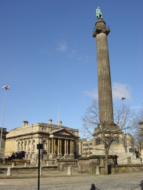 Former  County Sessions Court and Wellington Column