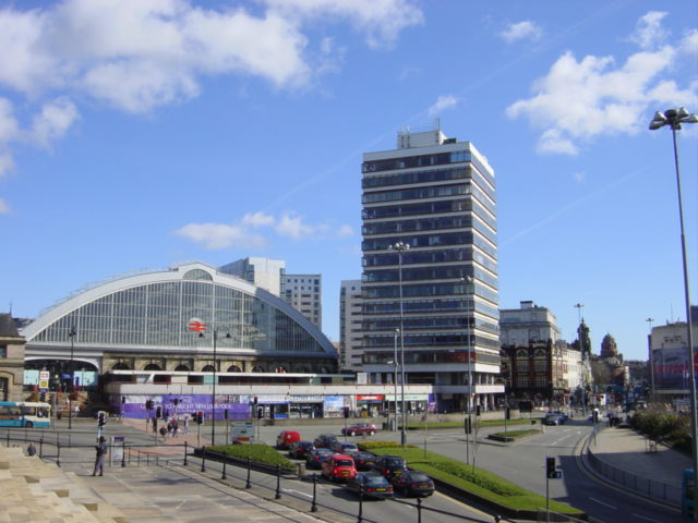 Lime Street from St George's Hall