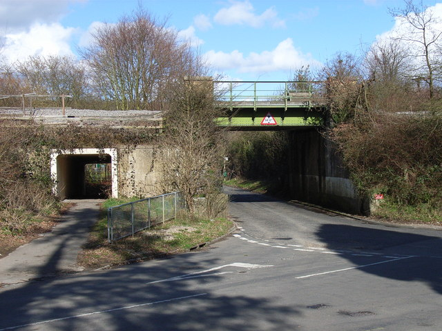 Railway bridge, Little Kingshill