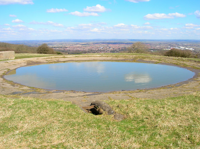 Dewpond, The Peak