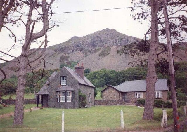 Gwylwyr Overlooking Wern Farm