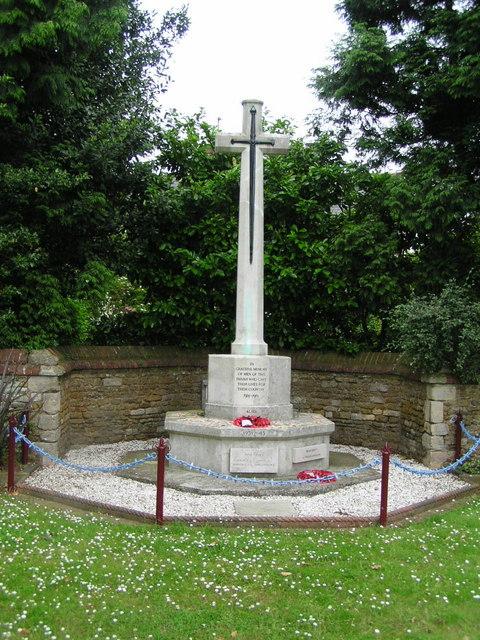 Cross of Sacrifice at Caythorpe