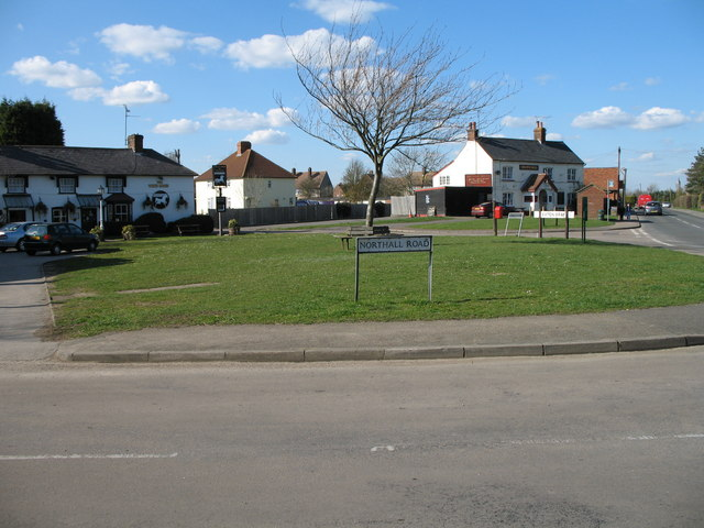 Village Green - Eaton Bray
