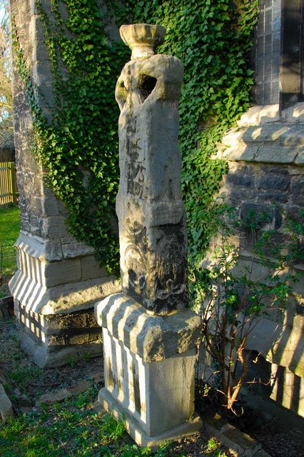 Fletton churchyard cross, Peterborough