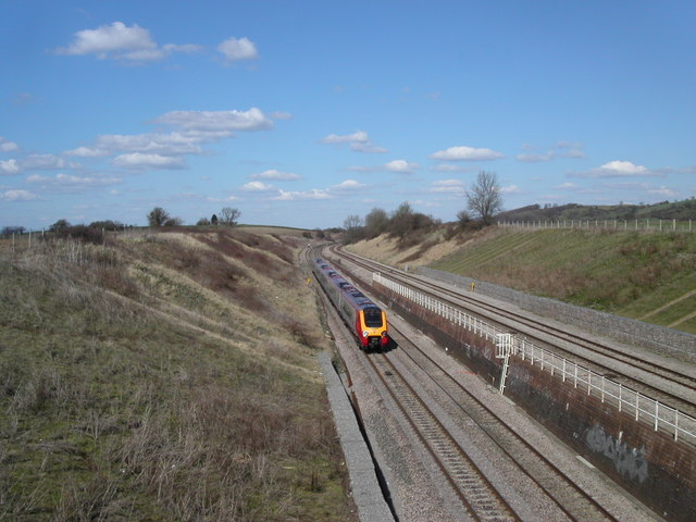 Train from Gloucester at Black Bridge