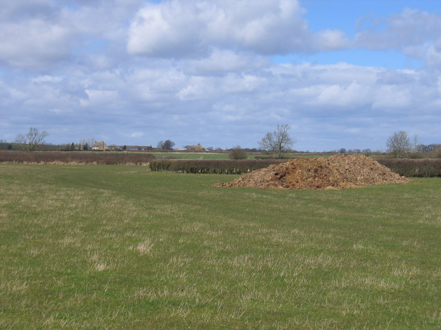 View towards Upper Radbourne Farm
