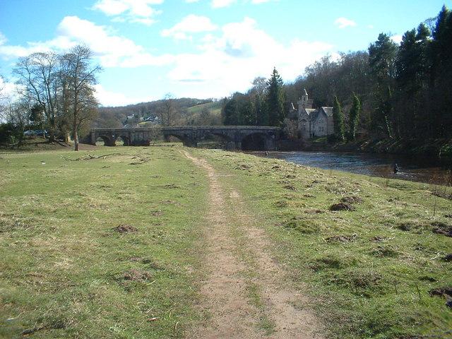 Clyde Walkway and Maudslie Bridge