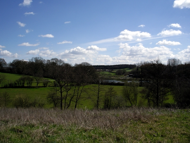 Ponds and countryside near Stoke Park Farm