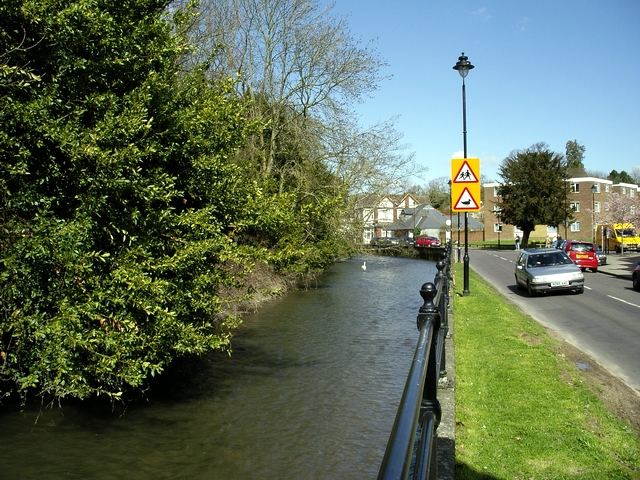 Channel of the River Itchen, Bishopstoke