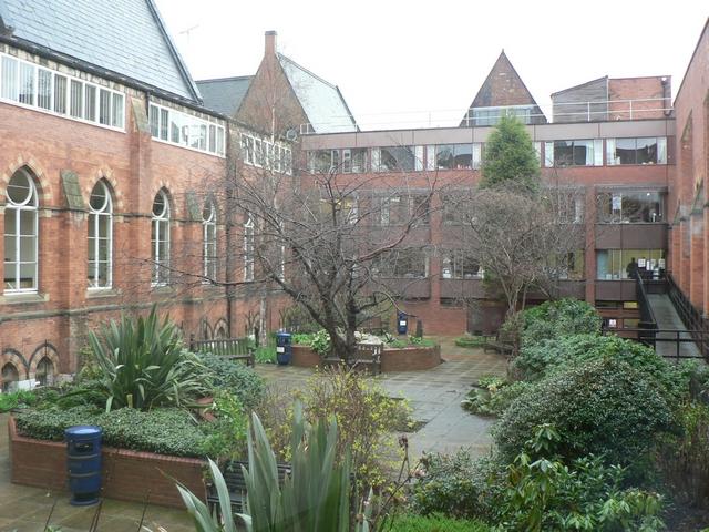 Courtyard garden, Leeds General Infirmary