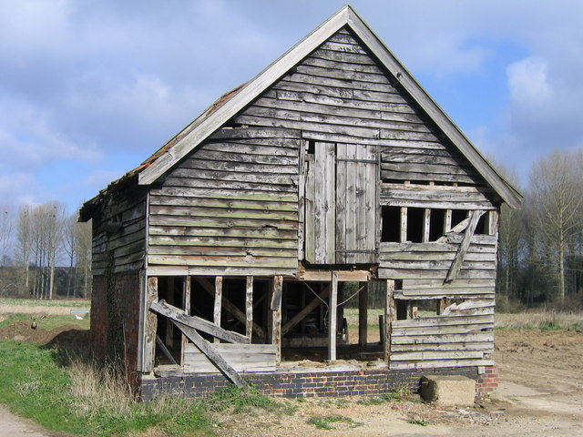 A frayed barn, Thurton