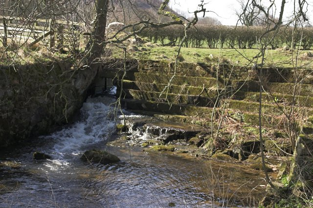 Small Dam on Ings Beck