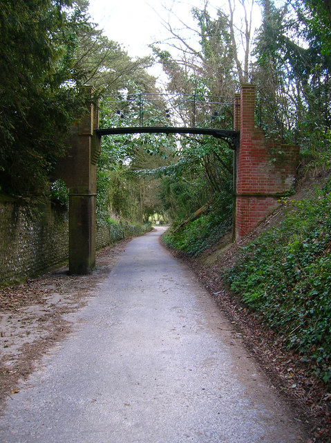 Footbridge, Wiston House