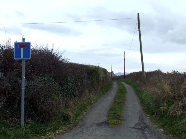 Junction with no through road