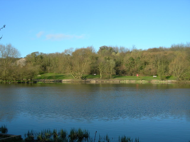 Lake in Capstone Farm Country Park