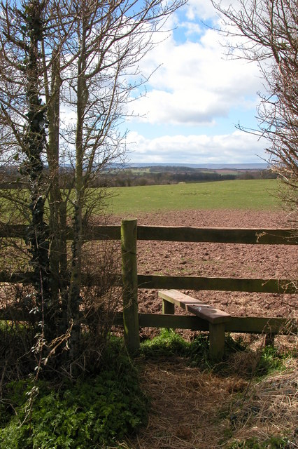 Stile on footpath to Hungerstone