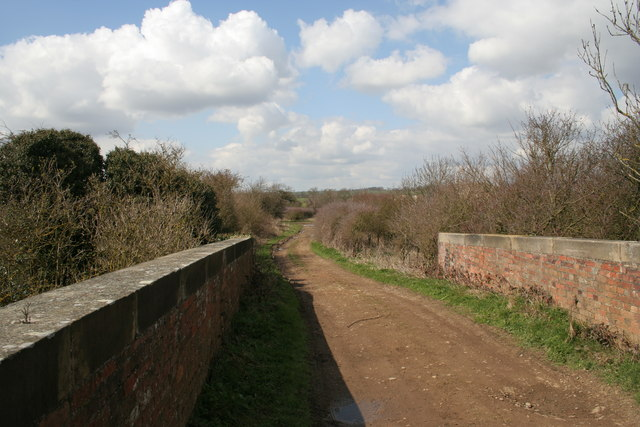 Farm track over a railway bridge