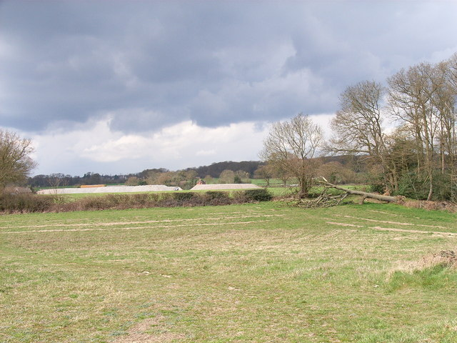 Approaching Brentford Grange Farm