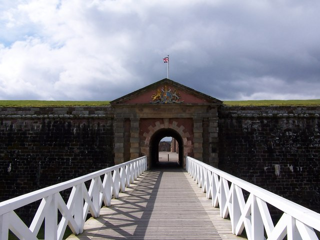 Bridge to Fort George