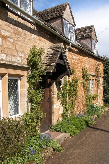 Cotswold stone cottage in Icomb