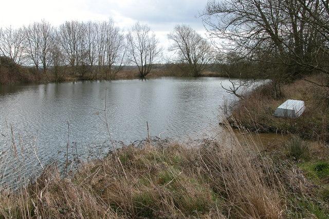 Reservoir near Icomb