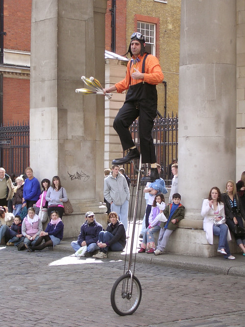 Street entertainment at Covent Garden