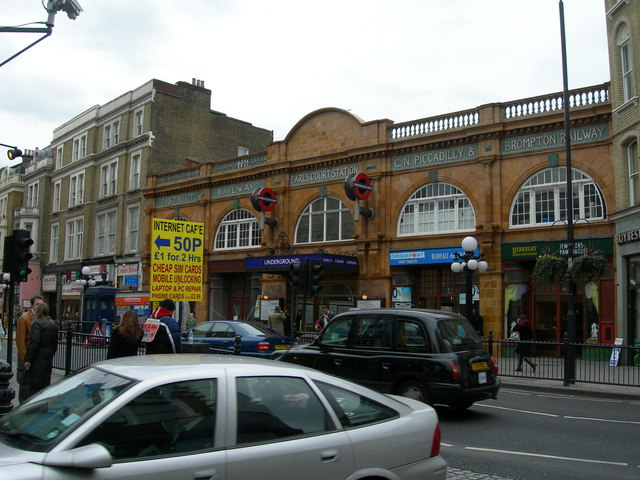 Earls Court Tube Station