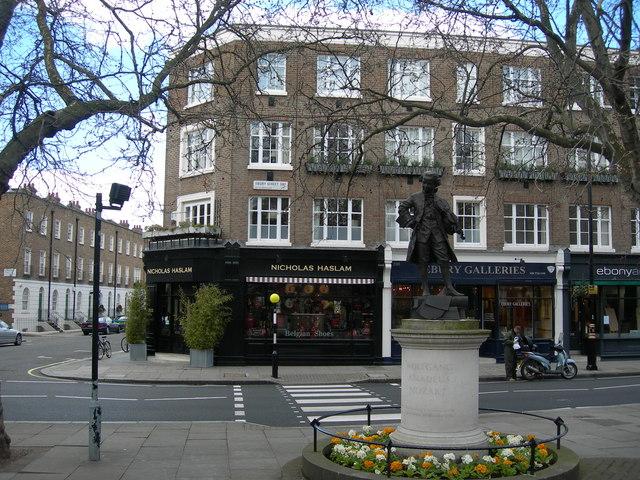 Mozart Statue, Orange Square SW1