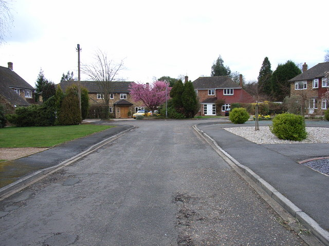 Upper Drive, Knotty Green