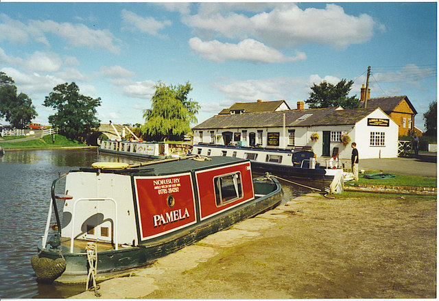 Norbury Junction Moorings.