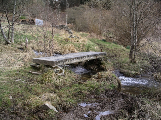 Footbridge, Shieldgreen