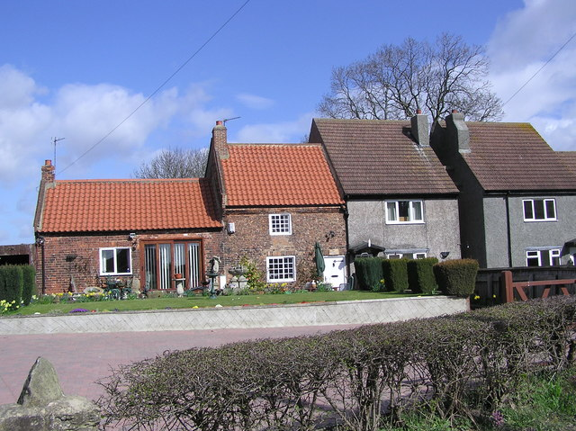Blacksmiths Cottage: Great Burdon Village.